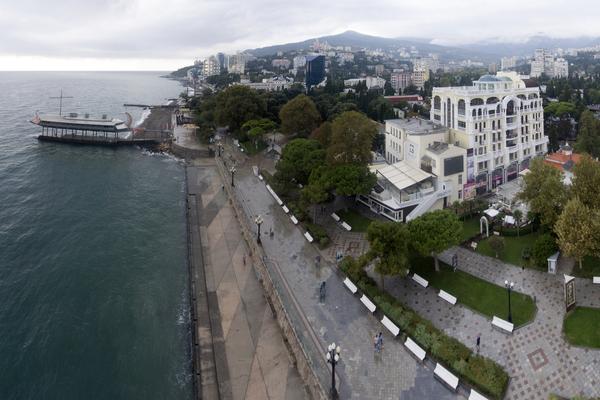В Крыму отменили плату за обсерваторы для приезжающих