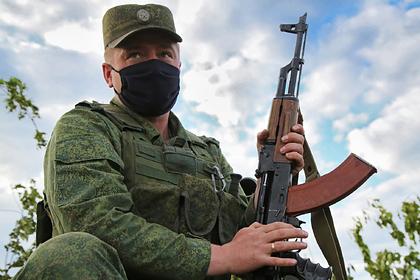 Украину обвинили в переброске в Донбасс колонн военной техники