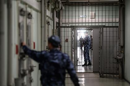 Россиянин рассказал о жестоких пытках ватными палочками в СИЗО