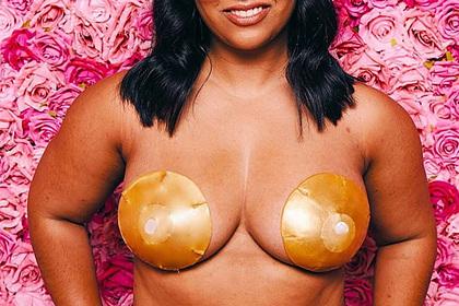 Сестры начали продавать маски для груди и заработали пять миллионов за день