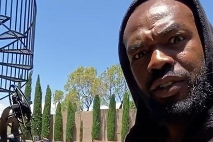 Лучший боец UFC раскритиковал участников беспорядков в США