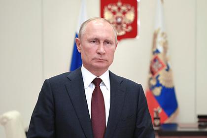Песков рассказал о начавшем больше работать в пандемию Путине