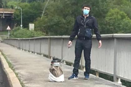 Украинец пригрозил взорвать метромост в Киеве