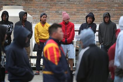 Мигранты стали меньше помогать бедным родственникам