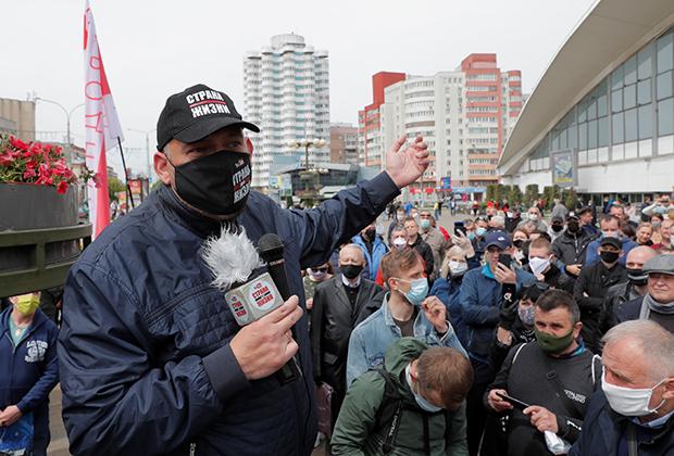 Сергей Тихановский на митинге 24 мая. Спустя пять дней его задержали