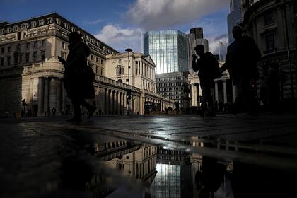 Великобритании предрекли мощный удар по экономике