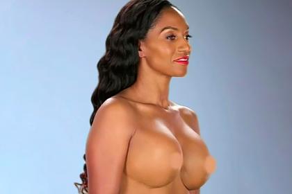 Модель сделала пластику груди у стоматолога и показала «изуроводанное» тело
