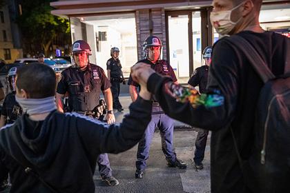 Американским властям предрекли «чертовски дорогую цену» за расистские убийства