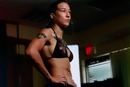 Девушка-боец UFC из Казахстана рассказала о плане бомжевать и есть голубей в США
