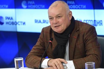 Киселев раскрыл подробности нападения на сотрудницу российского СМИ в США