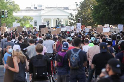 В Вашингтоне продолжили протесты в комендантский час