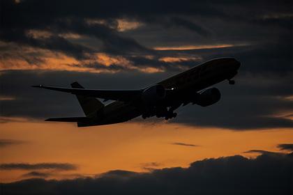 Почти сотне авиакомпаний запретили полеты в Европу