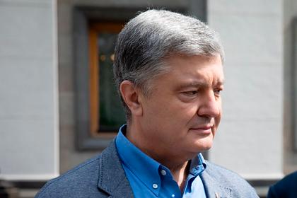 Порошенко вызвали на допрос по делу о переговорах с Байденом