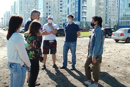 Россияне купили квартиры в новостройке и получили жилье на свалке