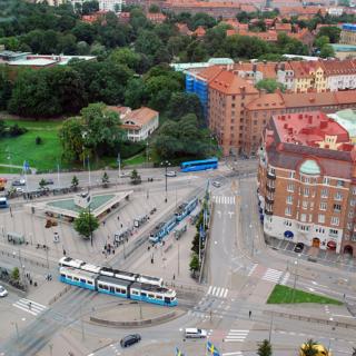 Площадь и транспортный хаб Korsvägen