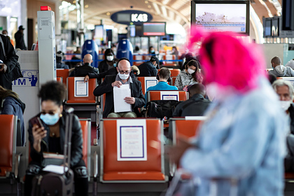 Бортпроводники дали советы путешествующим во время пандемии пассажирам