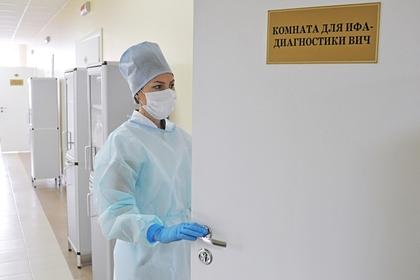 На ВИЧ-инфицированную россиянку завели дело за секс с тремя мужчинами