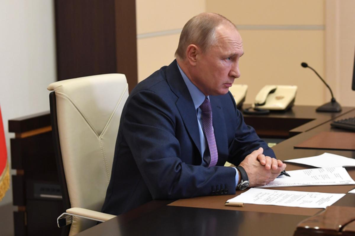Путин устроил разнос из-за разлива топлива в Норильске: Политика ...