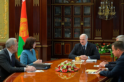 Лукашенко прокомментировал отставку правительства