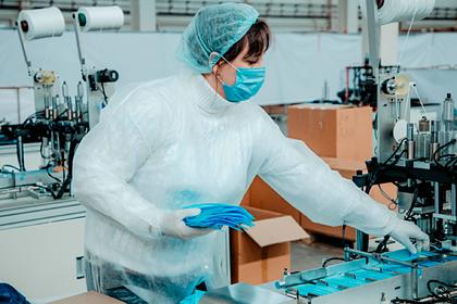 40 подмосковных предприятий запустили производство масок
