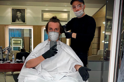 Фото Максима Галкина в парикмахерской смутило фанатов