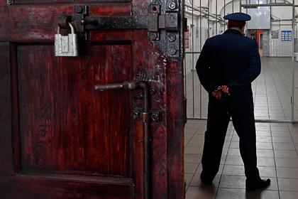 Свидетель пожаловался ФСБ на угрозы от боевика главного киллера России