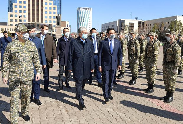 Токаев на встрече с военнослужащими бригады территориальной обороны Нур-Султана