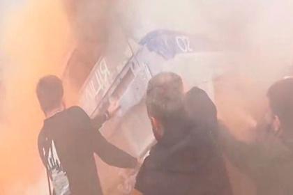 Противники Авакова сожгли возле Рады старый милицейский УАЗ