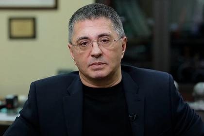 Доктор Мясников предупредил о новых «сюрпризах» коронавируса