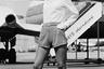 Тем не менее многие перевозчики продолжали воспринимать бортпроводниц как витрину для привлечения потребителя. К слову, в 1970-х годах авиакомпания National Fly выпустила скандальную рекламную кампанию с девушкой, призывающей «полетать на ней». National даже сняла видеоролик, который показывали по телевизору. «Я полетаю на тебе так, как никто и никогда», —кокетничала стюардесса в кадре. Результат не заставил себя долго ждать — продажи авиакомпании увеличились на 23 процента.