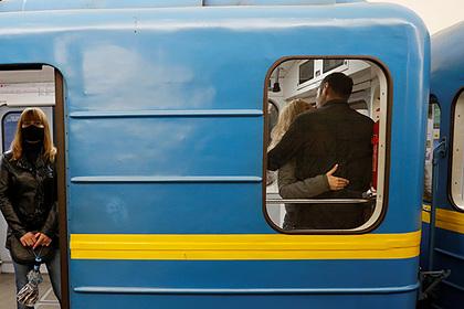 Почти половина украинцев сочла страну находящейся на грани раскола
