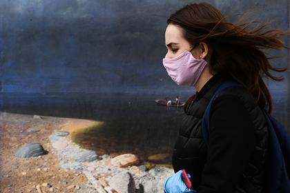 Россиян призвали носить маски даже при снижении числа заражений коронавирусом