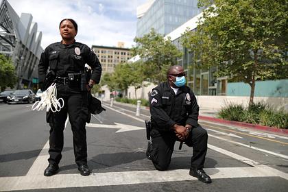 Американский штат запретит обучение удушающим приемам в полиции
