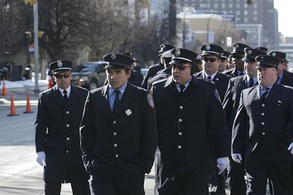 В США полицейские в знак протеста ушли с работы