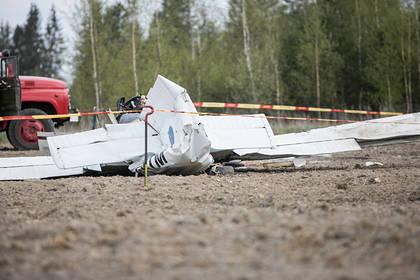 Пять человек разбились в авиакатастрофе по дороге на похороны