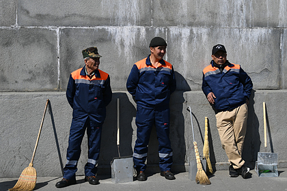 Работодателям предложили отдавать предпочтение россиянам при трудоустройстве