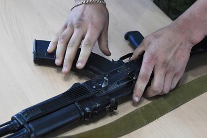 Открывший стрельбу из окна пьяный житель Москвы ранил полицейского