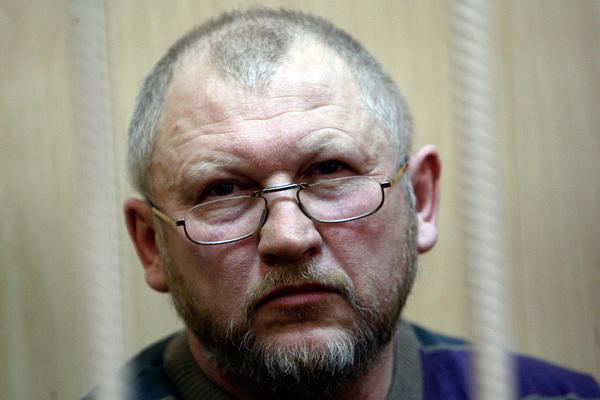 Осужденный за убийство Старовойтовой бывший депутат отказался от УДО