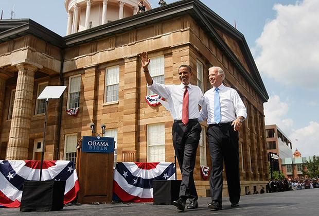 Барак Обама и Джо Байден во время президентской гонки в 2008 году