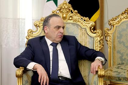 Асад отправил в отставку премьер-министра Сирии