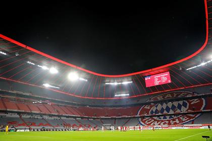 На трибунах стадиона «Баварии» выросли сорняки