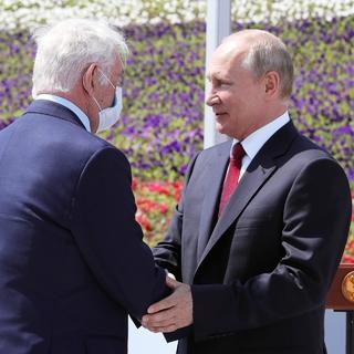 Леонид Рошаль (слева) и Владимир Путин