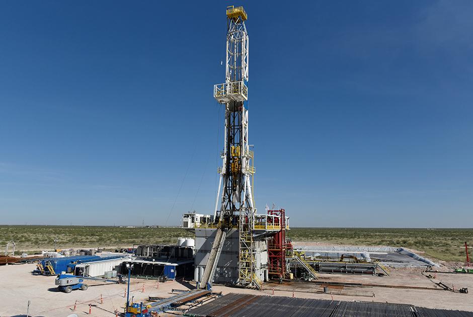 Нефтедобывающая вышка американской компании Oasis Petroleum