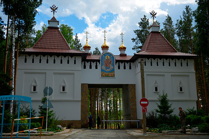 ФСБ открестилась от визита в захваченный казаками женский монастырь