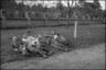 Немецкие солдаты во время отдыха на траве. 1941-42 гг.