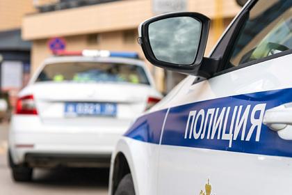 Россиянин пытался покончить с собой перед отделом полиции