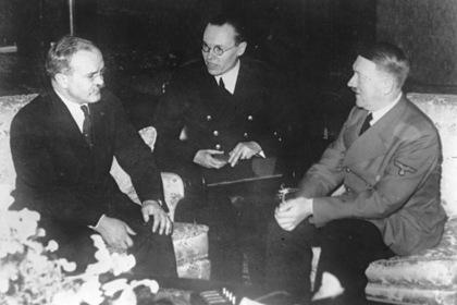 Вячеслав Молотов и Адольф Гитлер на встрече в Берлине, ноябрь 1940 года