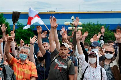В Минске прошла массовая акция протеста из-за задержаний соперников Лукашенко