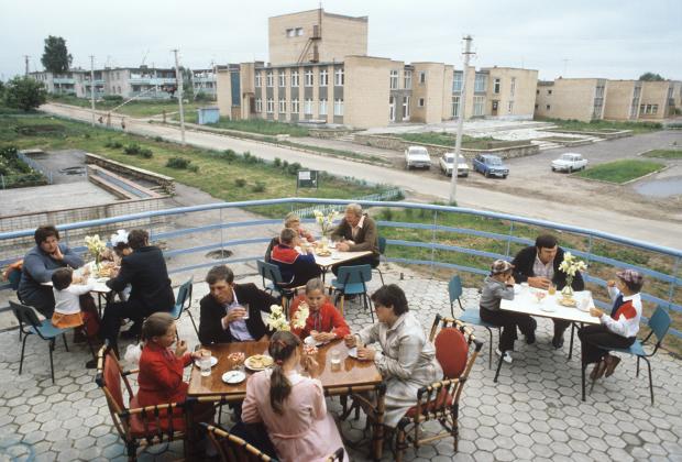 Безалкогольное кафе в Смоленской области, 1985 год