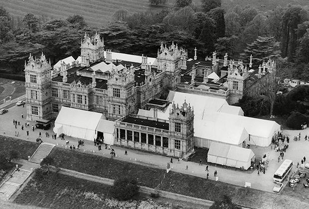 Замок Ментмор - загородное поместье семьи Ротшильдов, построенное между 1851 и 1854 гг.